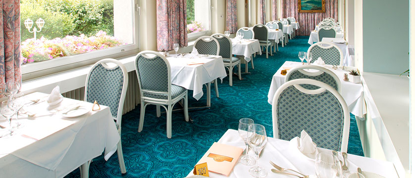 Hotel Wengenerhof, Wengen, Bernese Oberland, Switzerland - dining room 2.jpg